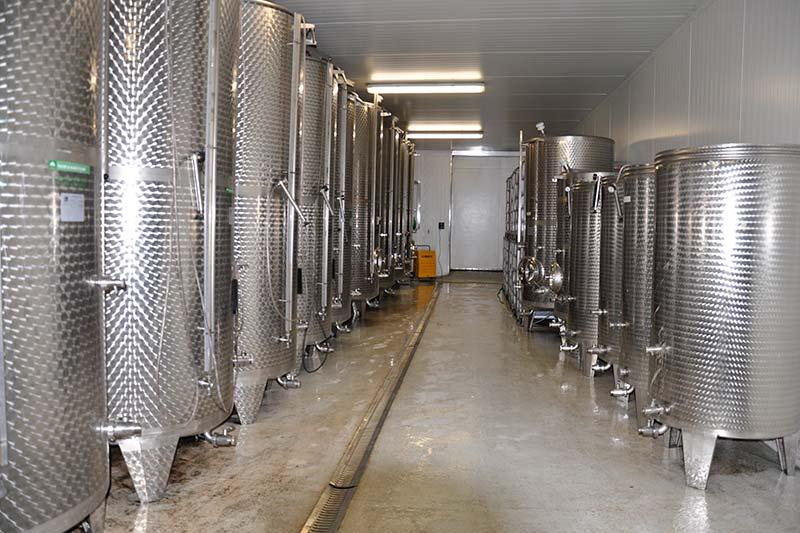 Most, Kellertechnik wie im Weinbau